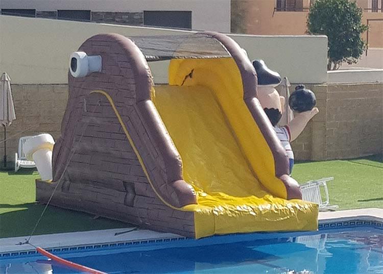 Alquiler Tobogán hinchable piscina